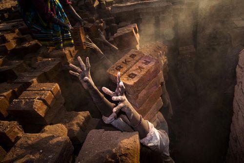 کارگاه تولید آجر – هند
