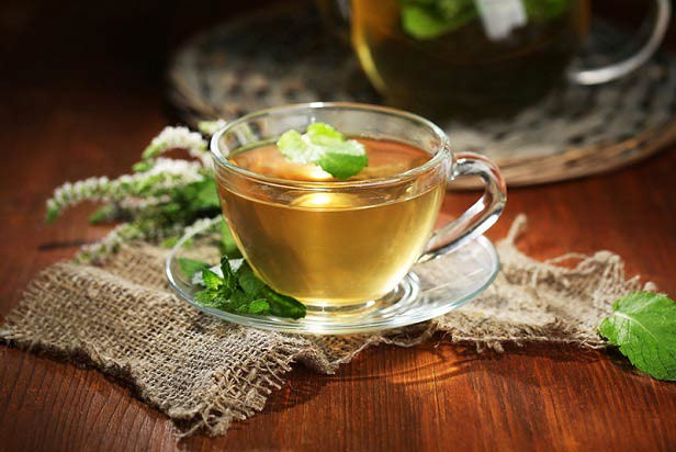 با این چای گلو درد، آنفولانزا و عفونت سینوسی را درمان کنید