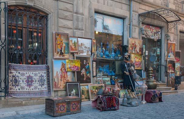 سوغات باکو چیست؟