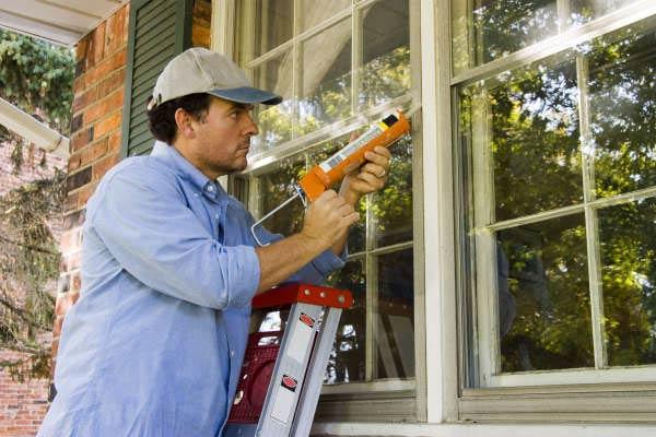 ۵ روش برای عایق کردن پنجره خانه برای روزهای سرد