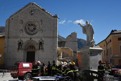 شهر زلزله زده نورجیا در مرکز ایتالیا