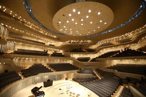 ساخت سالن جدید کنسرت در شهر هامبورگ آلمان