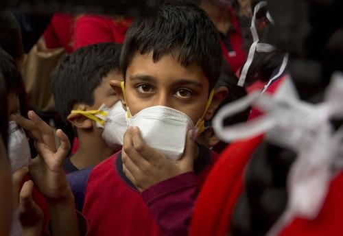 تظاهرات علیه آلودگی هوا در شهر دهلی نو