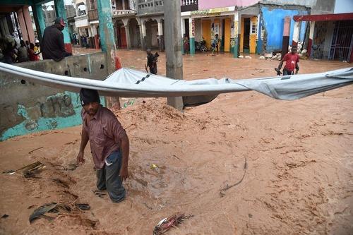 سیلاب فصلی در شهر جرمی در کشور توفان زده هاییتی