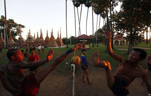 بازی سنتی میانماری