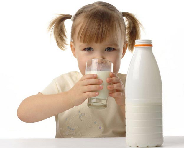 به کودکان شیر غیر پاستوریزه ندهید