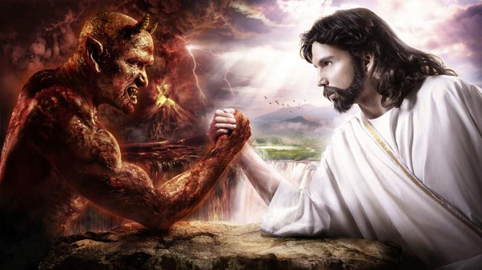 داستانک جالب جنگ ابلیس و عابد بر سر درخت