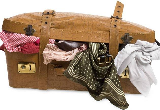 چگونه لباس ها را در چمدان قرار دهیم که چروک نشود؟