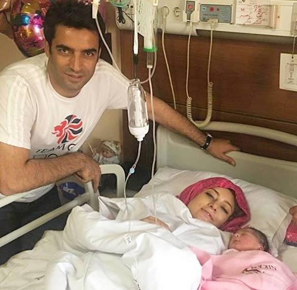 عکس جدید یکتا ناصر در کنار همسر و دخترش