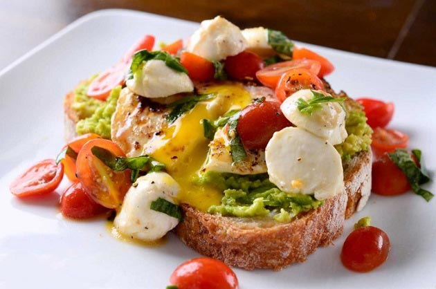۵ ماده غذایی که نباید برای صبحانه مصرف شود