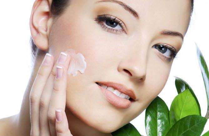 مرطوب کننده های طبیعی برای پوست
