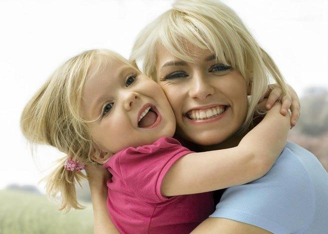 چطور می توانم با دخترم صمیمی شوم؟
