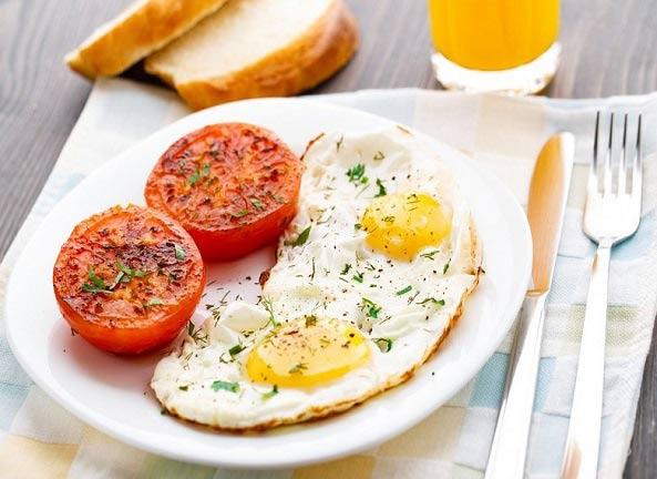 ۴ مشکلی که با نخوردن صبحانه به آن دچار می شوید!