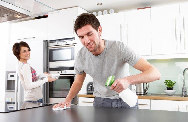 کمک گرفتن از شوهر در کارهای خانه