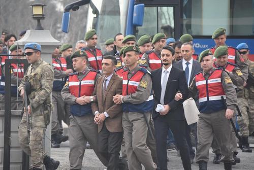 ری دادگاه مهاجمان به هتل محل اقامت اردوغان در جریان کودتای نافرجام این کشور در تابستان گذشته . رییس جمهور ترکیه شاکی این پرونده است