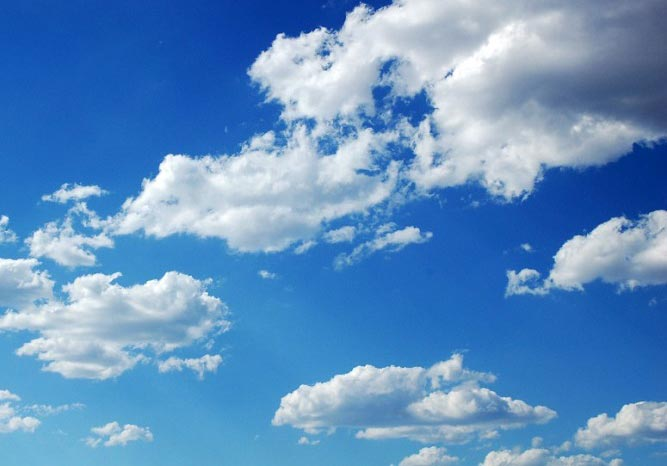 چرا ابرها در آسمان سفید دیده می شوند؟