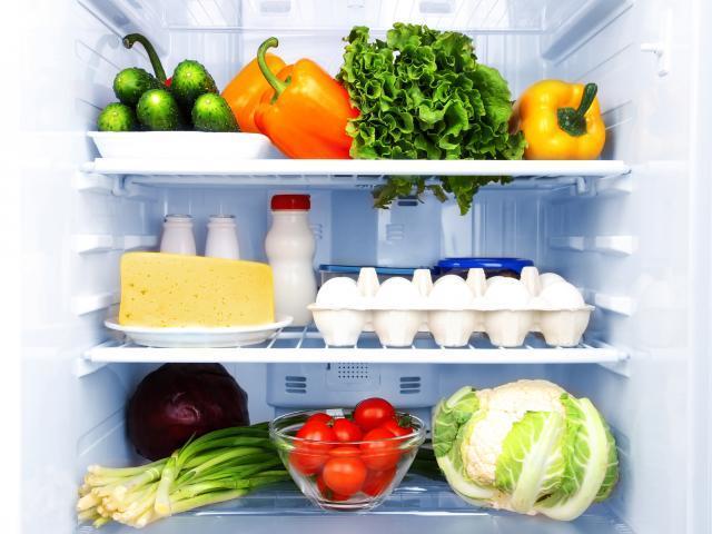 این خوراکی ها را نباید داخل یخچال قرار دهید!