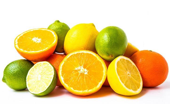 12 خوراکی برای از بین بردن بوی بد دهان