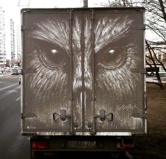 نقاشی های شگفت انگیز بر روی ماشین های خاکی + تصاویر