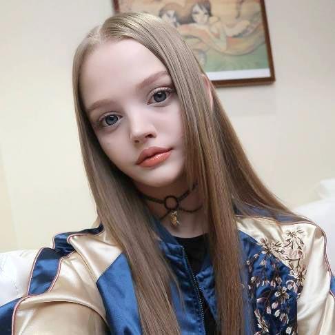 زیبایی این دختر 21 ساله باعث شهرت جهانی اش شد! + عکس