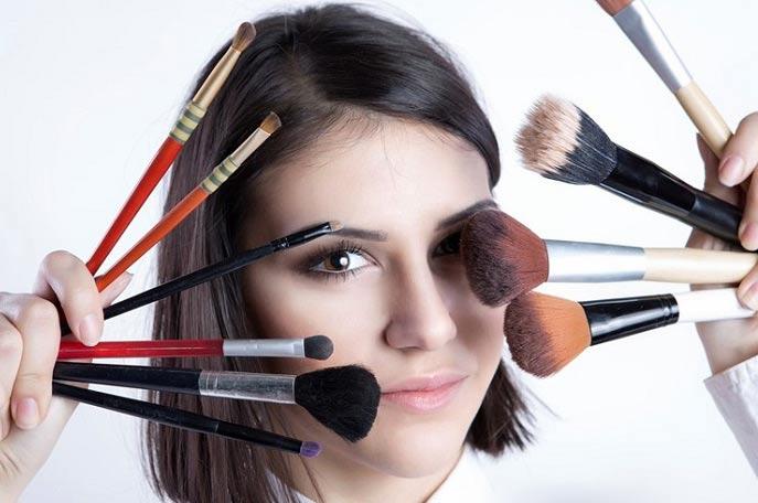 روش های جلوگیری از خراب شدن آرایش در گرما
