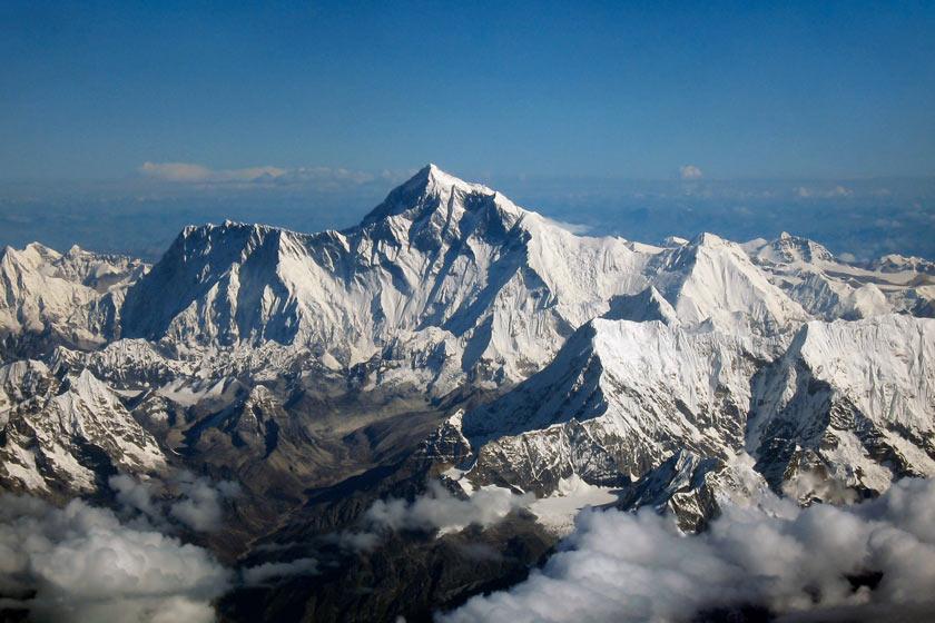 بلندترین قلههای دنیا در کدام کشورها قرار دارند؟