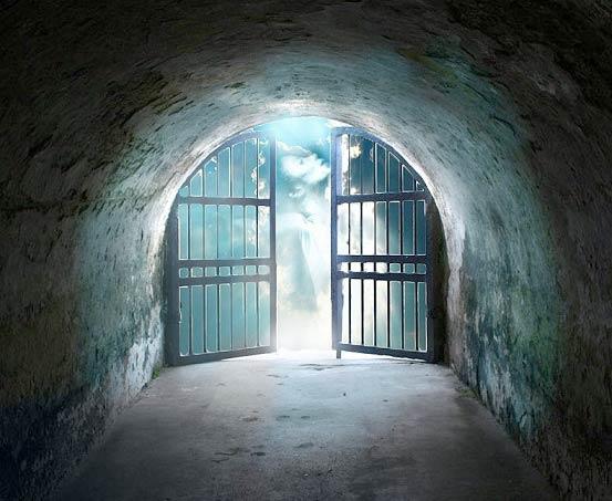 کلید درهای بهشت و آزادی از گناه