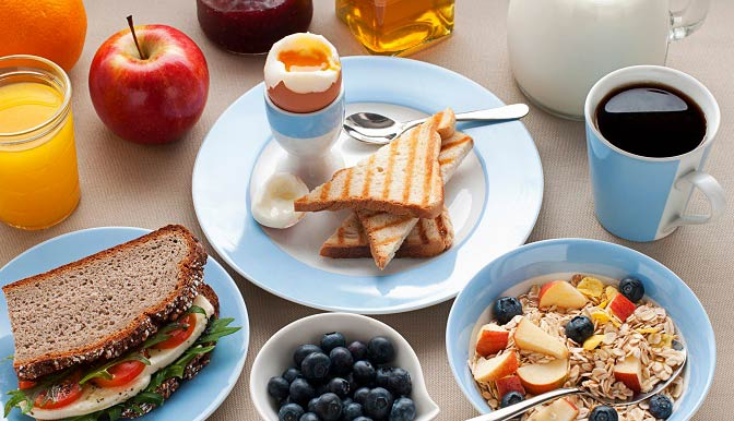 با خوردن این صبحانه شکمتان را کوچک کنید