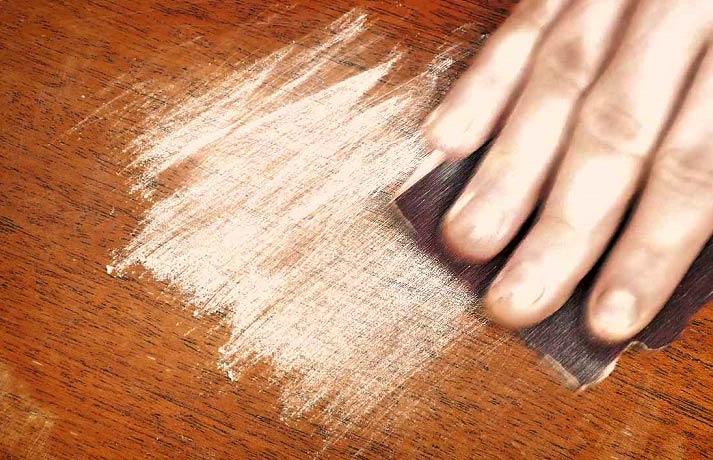 روش های رنگ زدن چوب در خانه