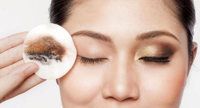 آرایشم را چگونه پاک کنم که پوستم خراب نشود؟