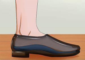 چگونه بوی بد کفش را ازبین ببریم؟