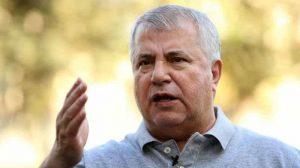 حمله بیسابقه علی پروین به وزیر ورزش و داورزنی