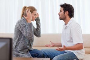 این اختلافات زناشویی به طلاق میانجامد.