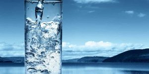 آب معدنی پنجاه هزار تومانی چگونه وارد شد؟
