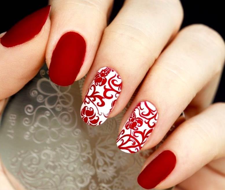 مدل های زیبای طراحی ناخن با لاک قرمز و مشکی