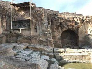 معبد اژدها و مردان نمکی