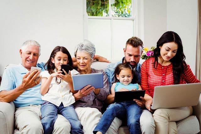بایدها و نبایدهای اولین ملاقات با والدین نامزدتان