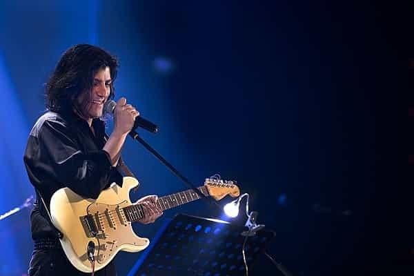 کاوه یغمایی، خواننده راک، ممنوعالکار شد