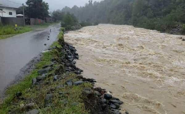 هشدار آبگرفتگی معابر و طغیان رودخانه ها در 21 استان