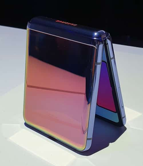رونمایی از گوشی جدید سامسونگ(SAMSUNG Galaxy Z Flip)