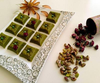 طرز تهیه حلوای پسته ویژه ماه رمضان