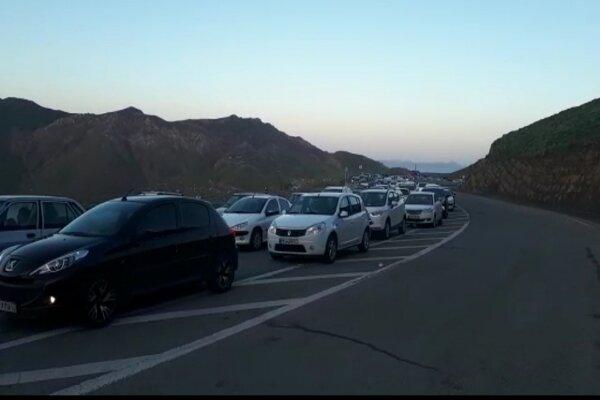 ترافیک در هراز و کندوان نیمه سنگین و پرحجم است