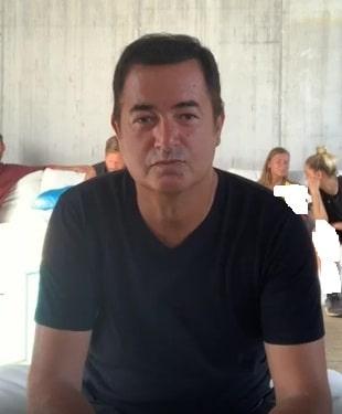 بیوگرافی آجون ایلیجالی مجری ترکیه ( Acun Ilıcalı )