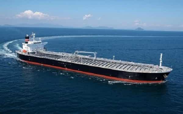 کشتی دارای مواد غذایی ایران در مسیر ونزوئلا
