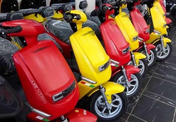 استفاده از موتورسیکلت برقی مردانه شد